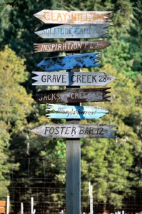Rogue River Hiking Signs